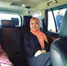 Diisukan Jadi Pelakor,  Berikut Aksi Nissa Sabyan Selfie di Dalam Mobil, Posenya Jadi Sorotan