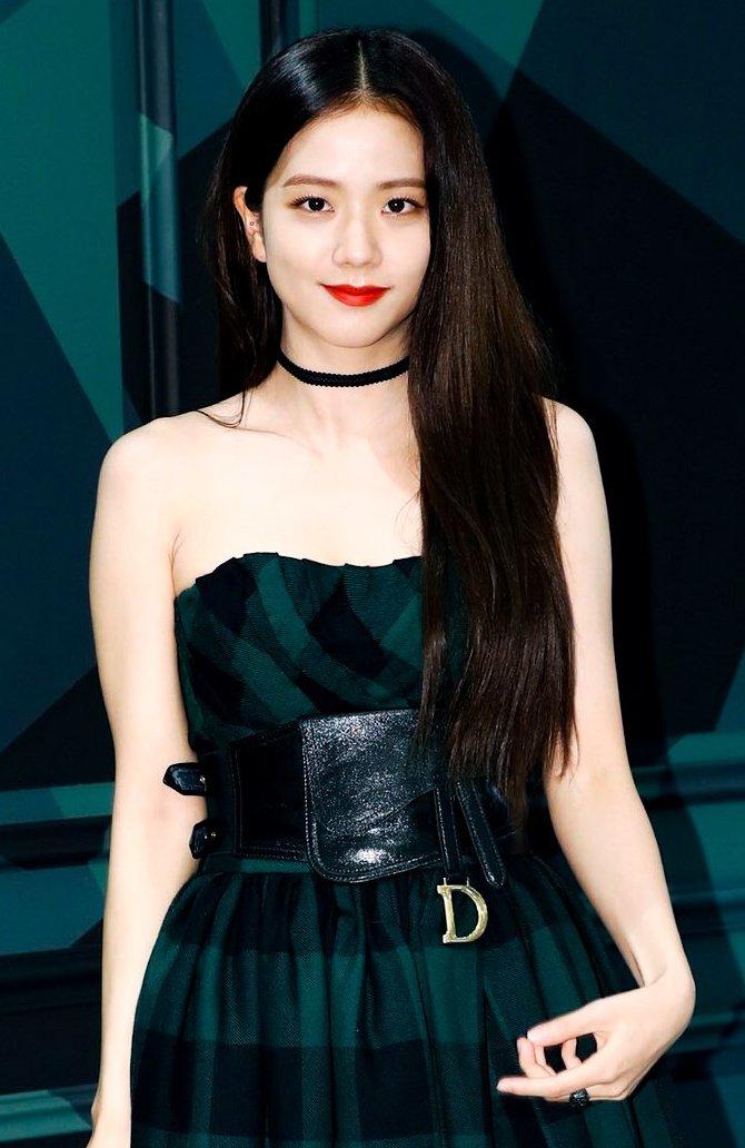 Label Fashiaon Mewah Dior Mengumumkan Jisoo BLACKPINK Sebagai Global Ambassador Dior Fashion dan Beauty